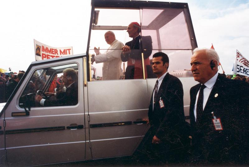 media/image/1980_Papstbesuch_Deutschland_1996_1.jpg