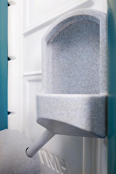 media/image/9TOI-WATER-UP-Urinal.jpg